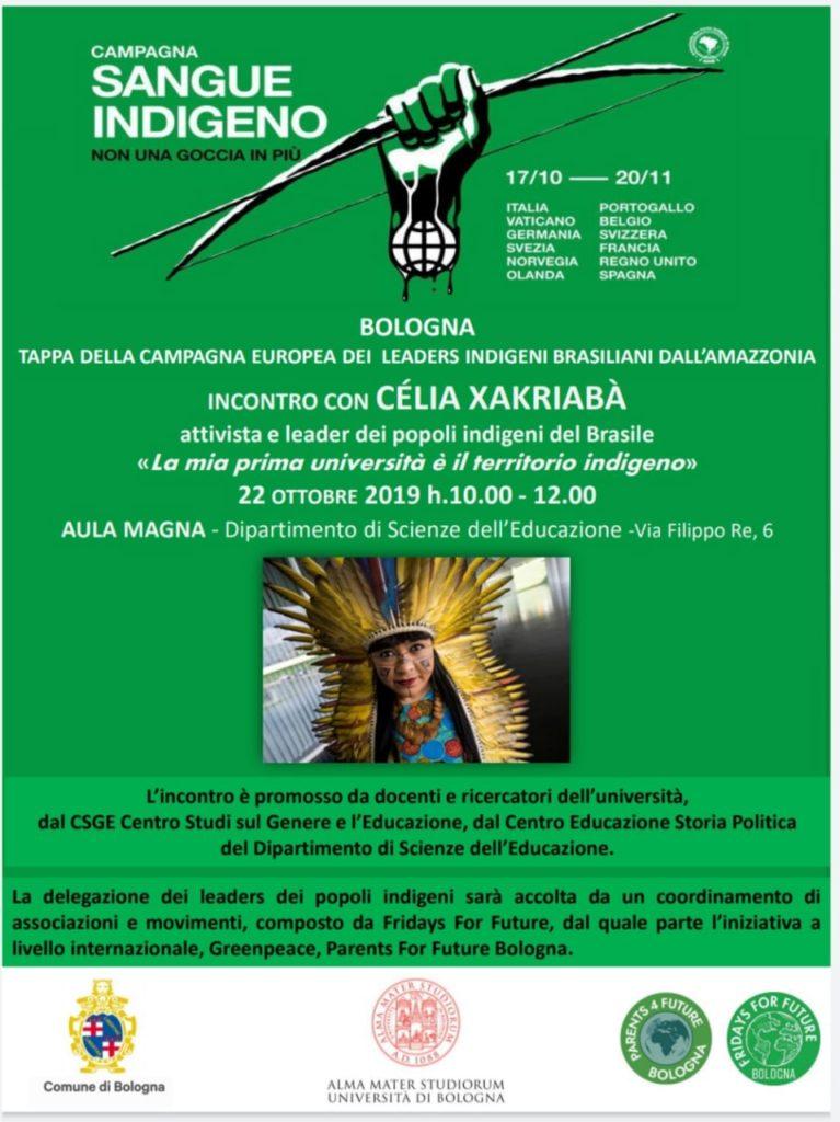 Poster evento Incontro con Célia Xakriabà, La mia prima università è il territorio del Brasile, Bologna 22 ottobre 2019. Una mano regge un arco con le frecce e c'è una foto di una giovane donna con costume tradizionale.